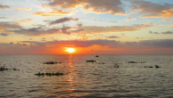 Pemandangan Senja dari Pulau Salemo Pangkep. (foto: mfaridwm)