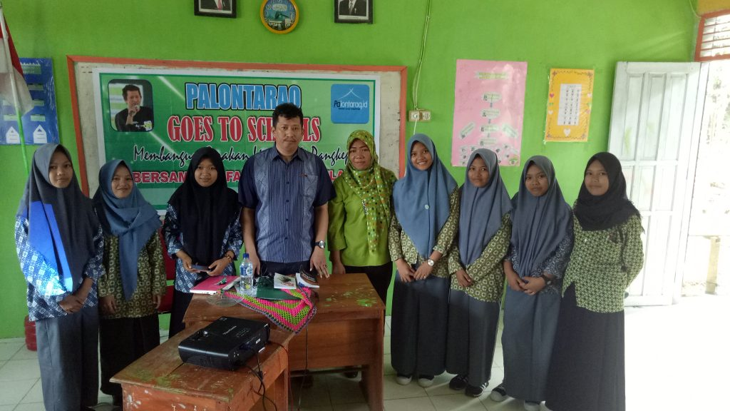 Palontaraq Goes To Schools di Madrasah Aliyah Tabo-Tabo,Bungoro-Pangkep. (foto: ist)