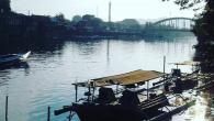 Memotret eksotisme Sungai Pangkajene kala jelang buka puasa. (foto: mfaridwm/palontaraq)