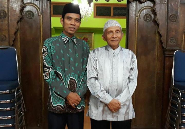 UAS bersama Prof Dr Amien Rais. (sumber foto: IG UAS)