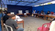 Suasana TPS 02 Bontokio Minasatene dalam Pemilukada Sulsel, 27 Juni. (foto: mfaridwm/palontaraq)