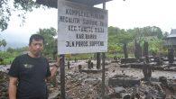 Penulis di lokasi situs Makam Megalitik Sumpang Ralla di Tanete Riaja, Barru. (foto: wahyu/palontaraq)