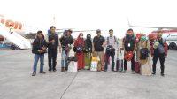 Relawan ARPSS untuk Lombok di Bandara Internasional Lombok. (foto: ist/palontaraq)