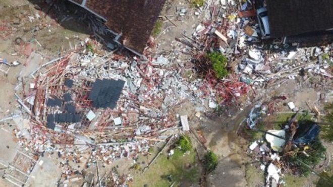 Pemandangan udara dampak Tsunami Selat Sunda. (foto: bbc.com)