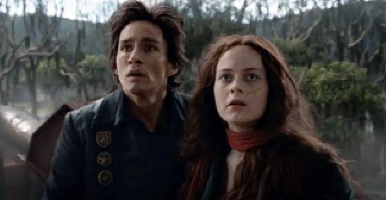 Tom dan Hester dalam Film Mortal-Engines-Starring-Hera-Hilmar