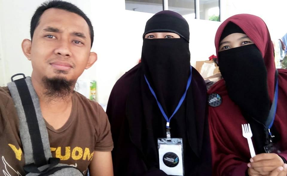 Ahmad Fauzi dan Nur Adha. (foto: dok.humairah/palontaraq)