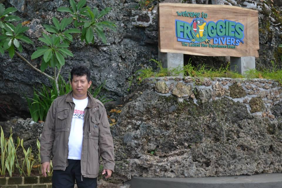 Penulis di Pulau Bunaken. (foto: ist/palontaraq)