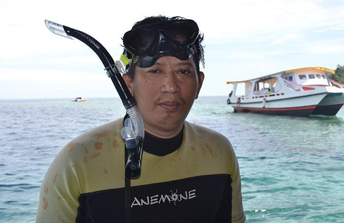 Penulis di Bunaken, Menado, Sulawesi Utara. (foto: ist/palontaraq)