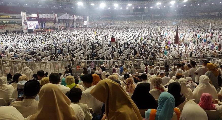Kampanye Prabowo-Sandi di Stadion GBK, Jakarta saat masa kampanye Pilpres, beberapa waktu lalu. (foto: ist/palontaraq)