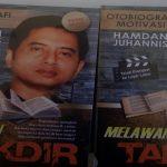 "Buku ""Melawan Takdir"" - Otobiografi Motivasi. (foto: mfaridwm/palontaraq)"