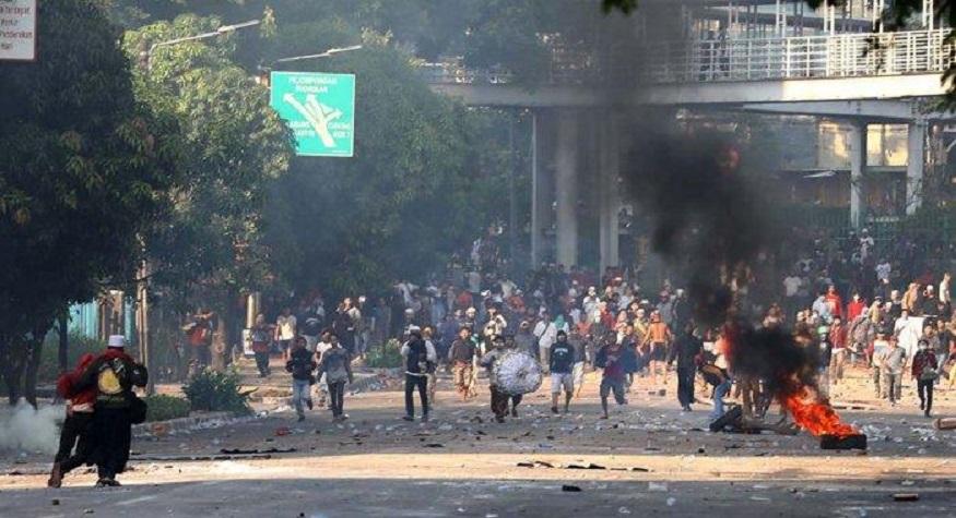 Kerusuhan di kawasan Tanah Abang. (foto: tagar.id)