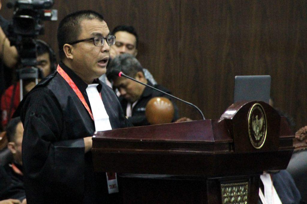 Kuasa Hukum Capres 02 Prabowo-Sandi. (foto: ist/palontaraq)