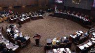 Sidang di Mahkamah Konstitusi. (foto: ist/palontaraq)