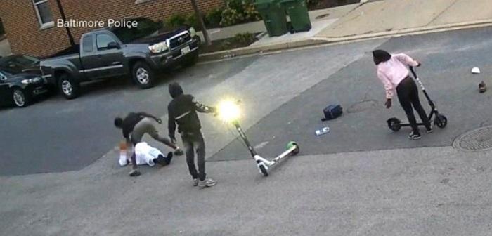 Penyerangan terhadap warga sipil muslim Amerika di Baltimore City, Amerika. (foto: ist/palontaraq)
