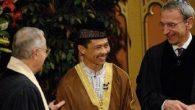 Imam Shamsi Ali (tengah). (foto: dok.pribadi Imam Shamsi Ali)