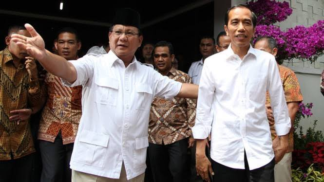 Prabowo-Jokowi. Akankah bertemu untuk Rekonsiliasi? (foto: ist/palontaraq)