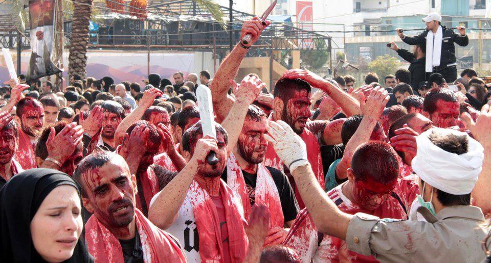 Salah satu ritual Syiah, menyakiti tubuh mereka. (foto: ist/palontaraq)