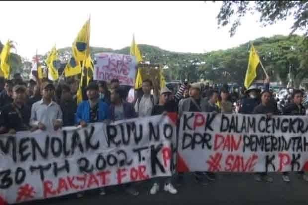 Demonstrasi menolak Revisi UU KPK