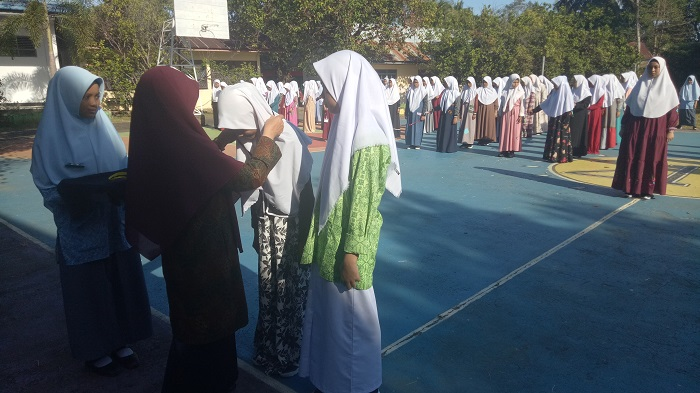 Kegiatan ekskul di sekolah, memupuk kemandirian. (foto: mfaridwm/palontaraq)