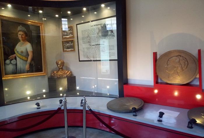 Koleksi Museum: Lukisan, Koin, dan Narasi tentang Ratu Wilhelmina. (foto: mfaridwm/palontaraq)