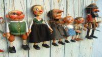 Boneka kayu yang dikendalikan. (foto: marionette/*)