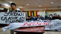 Tuntutan demonstran: Jokowi silakan mundur! (foto: ist/palontaraq)