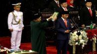Pengambilan sumpah Jokowi sebagai Presiden RI. (foto: ist/palontaraq)