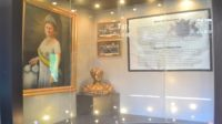 Narasi dan Potret Ratu Wilhelmina dalam Museum Kota Makassar. (foto: mfaridwm/palontaraq)