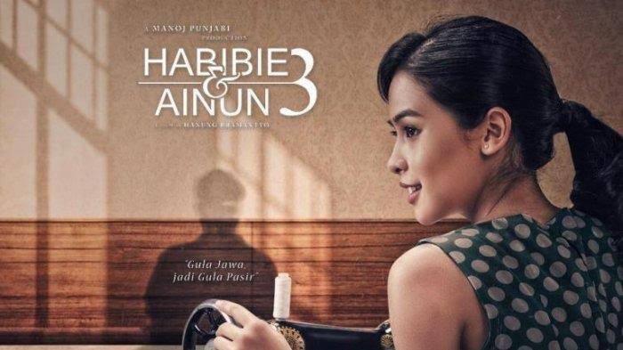 Ainun dalam Film Habibie & Ainun 3. (foto: ist/palontaraq)
