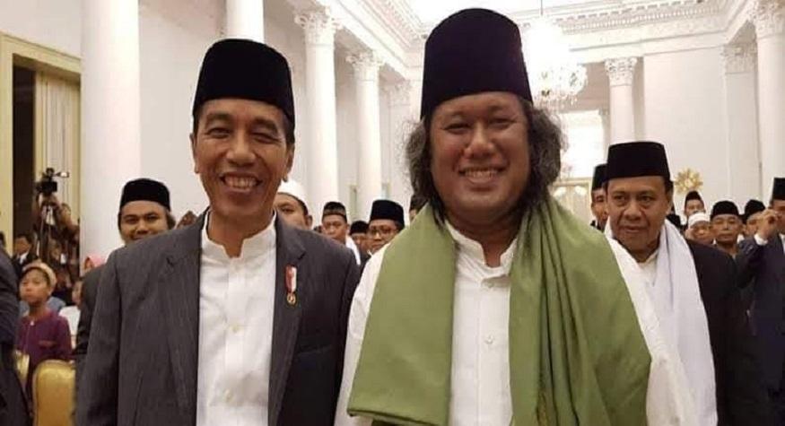 Jokowi dan Gus Muwafiq. (foto: ist/palontaraq)