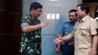 Panglima TNI dan Menhan RI, Prabowo. (foto: ist/palontaraq)