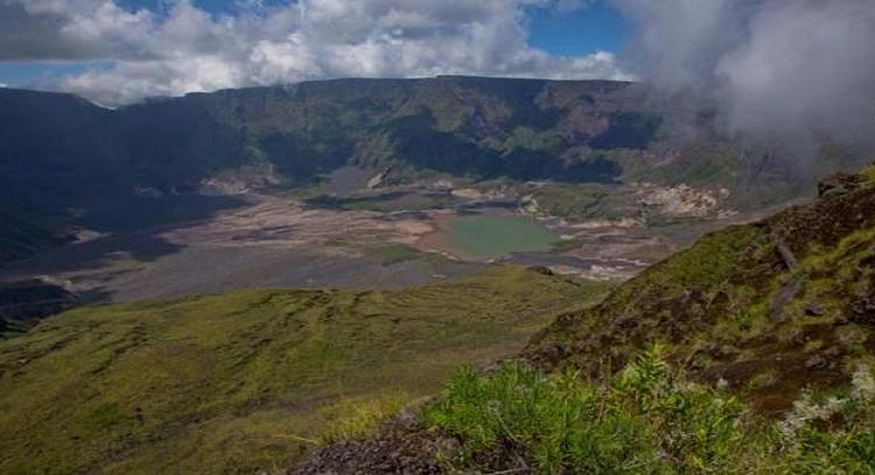 Gunung Tambora. (foto: kompas)