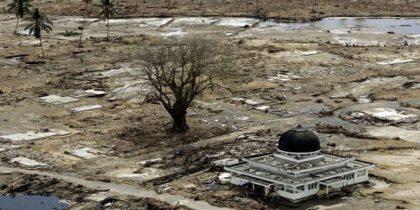 Pasca Tsunami Aceh Tahun 2004. (foto: ist/palontaraq)