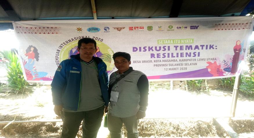Penulis bersama Nurlina, Pejuang Nelayan perempuan dari Pangkep. (foto: ist/palontaraq)