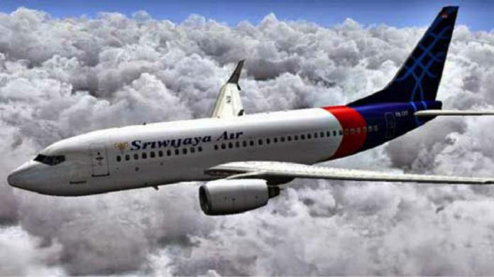 Pesawat Sriwijaya Air mengudara. (foto: ist/palontaraq)
