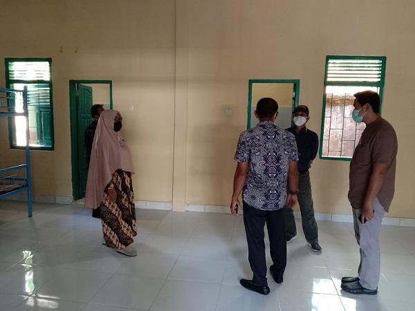 Kunjungan Pembina Ponpes Modern Putra IMMIM ke Ponpes Modern Putri IMMIM. (foto: ist/palontaraq)