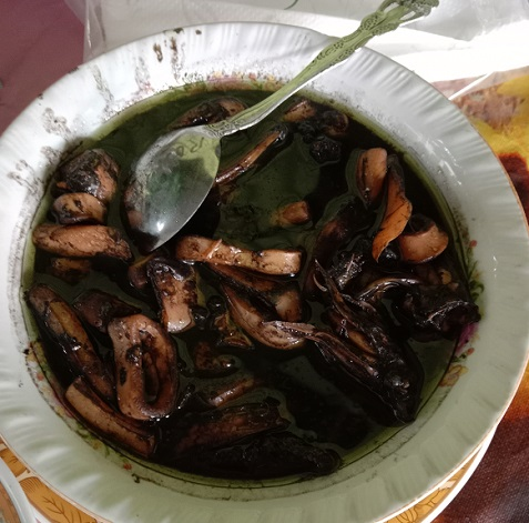Cumi-cumi masak. (foto: ettaadil/palontaraq)